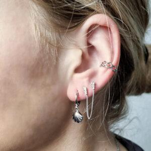 oorbel-zilver-schelp-earcuff